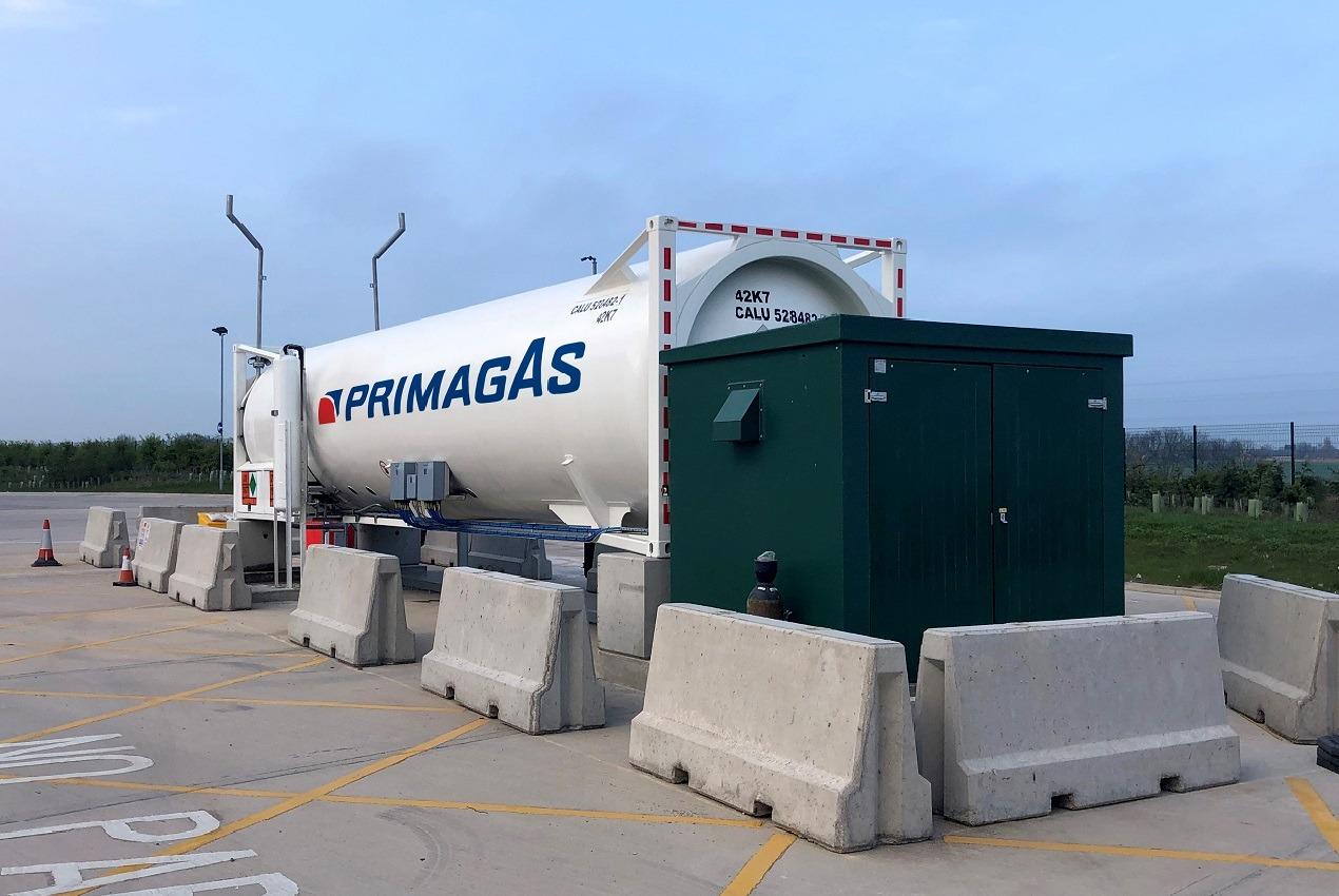 PRIMAGAS LNG - LNG-Tankstelle, auf dem eigenen Betriebsgelände