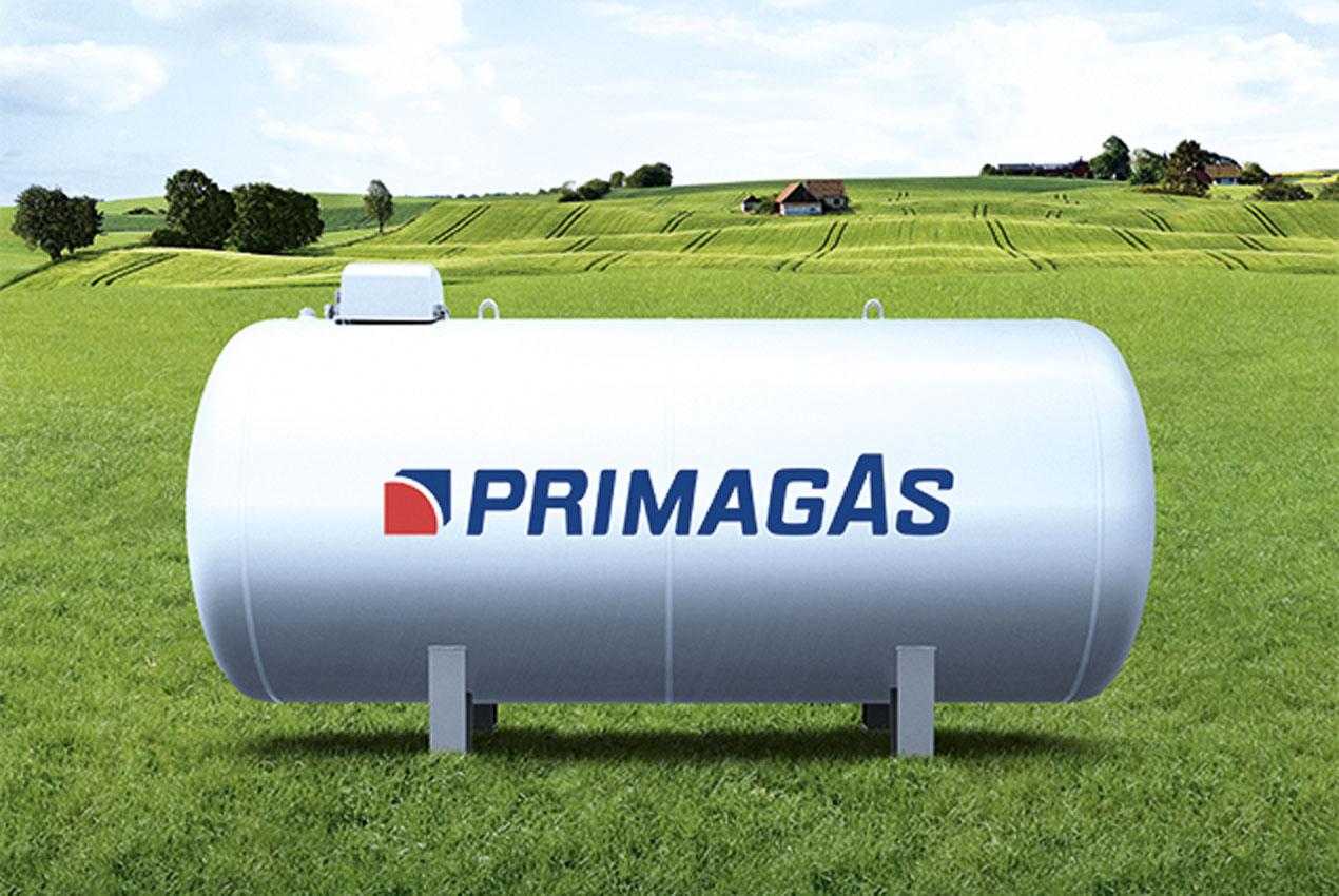 PRIMAGAS Tank auf einer grünen Wiese